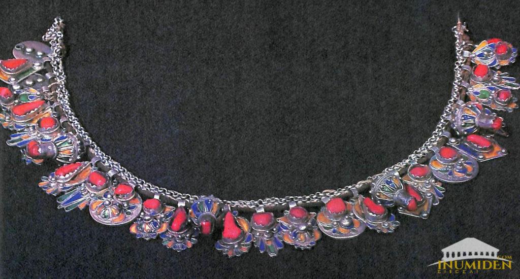 bijoux couleur corail