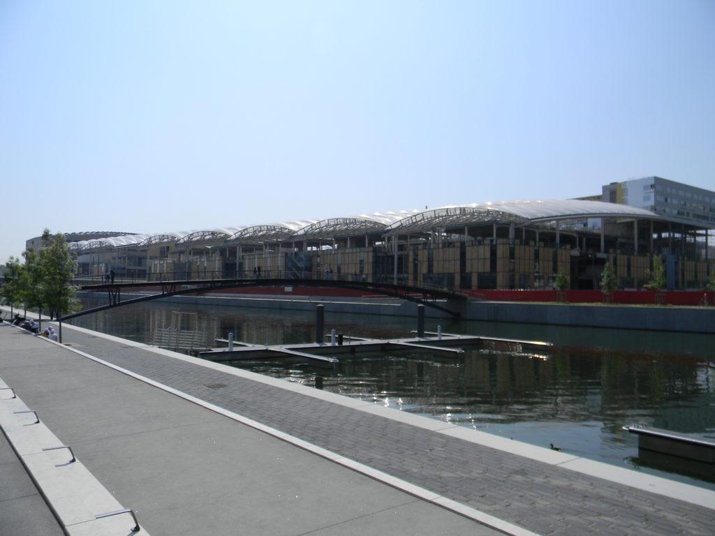 centre commercial la confluence lyon