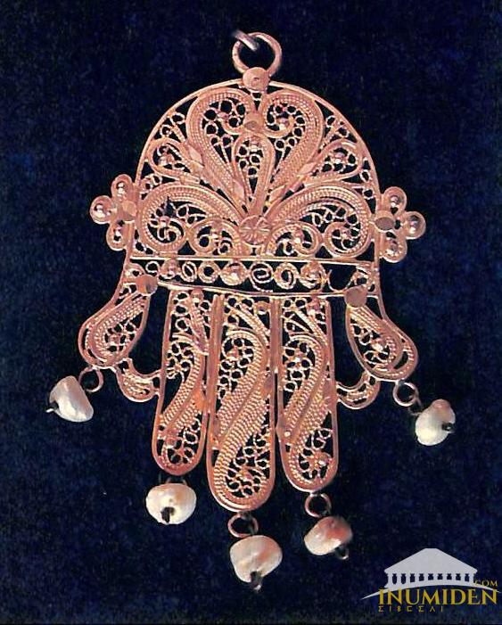collier bijouterie